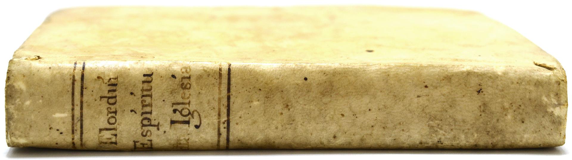 ペルガミーノの背表紙